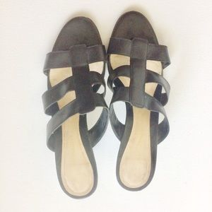 Naturalizer Black Slip On Heeled Sandals Size 8.5